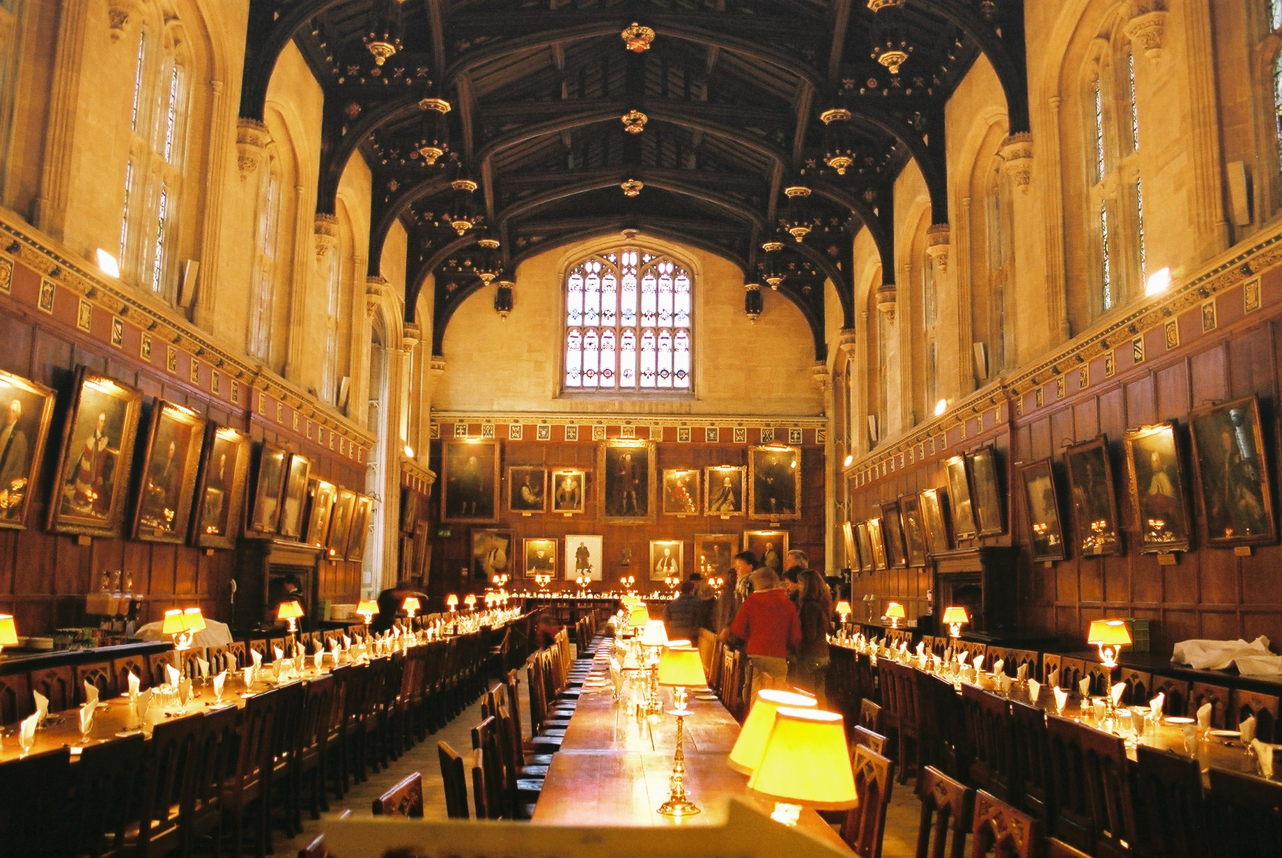 Harry Potter in the Christ Church College hall - Fictional movie locations